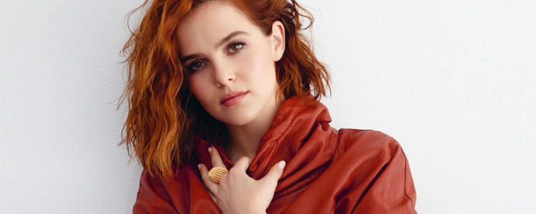 Zoey Deutch estrela o podcast 'A Total Switch Show'