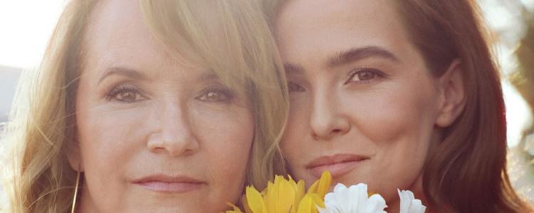 """Zoey Deutch e Lea Thompson falam sobre interpretar as """"piores versões"""" de si mesmas"""